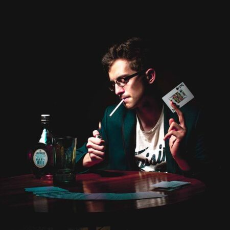 Poker Players Who Went Broke: What Did They Do Wrong?